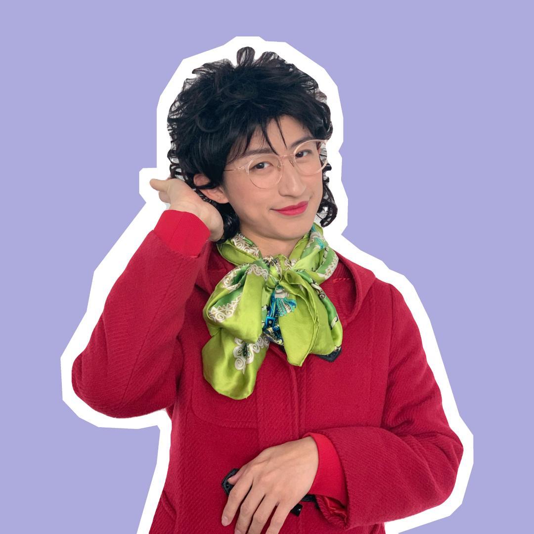 青岛大姨张大霞,真名是什么,为什么走红